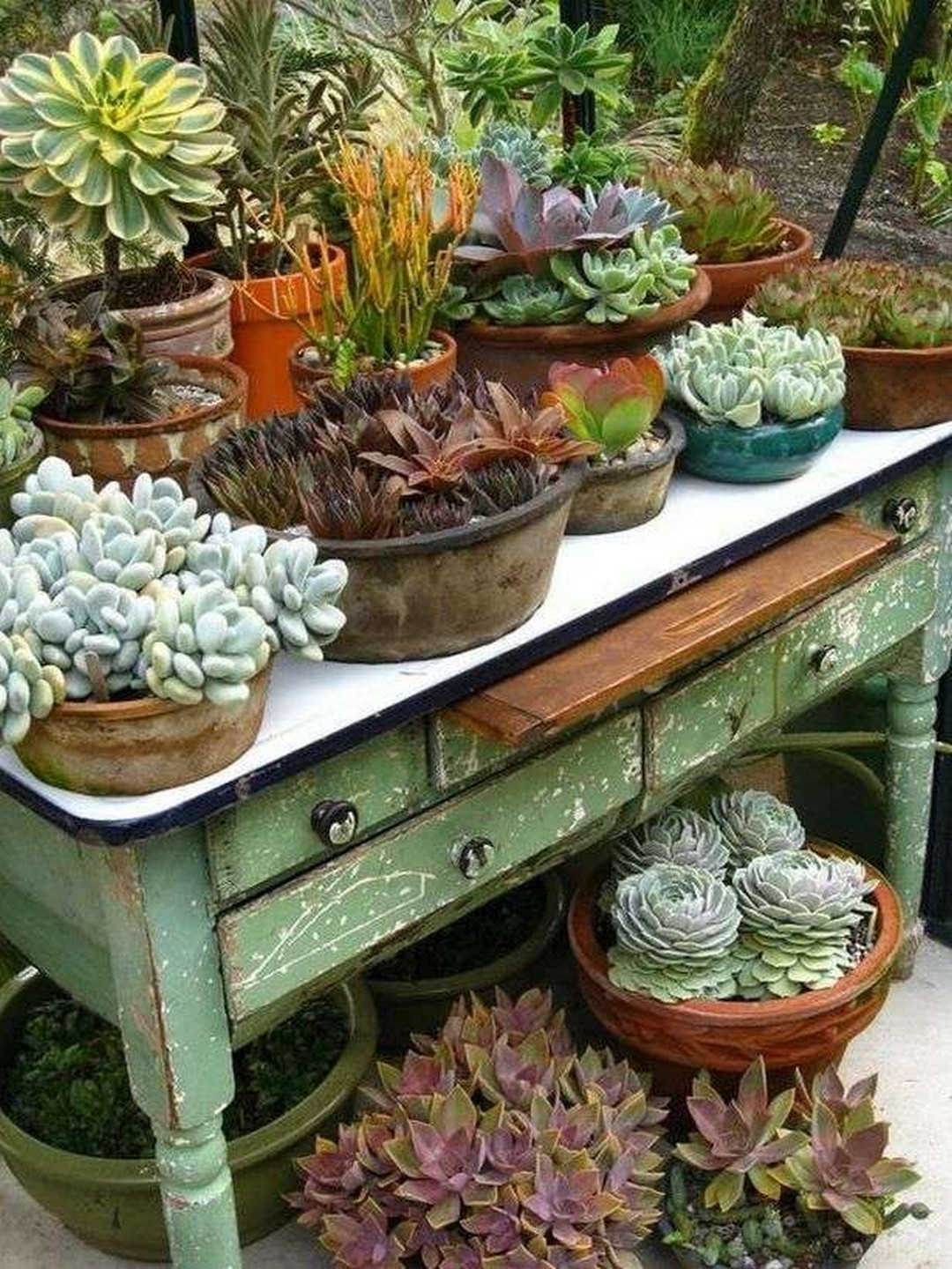 30 Pretty Vintage Garden Decor Ideas For Your Outdoor Space Page 9 Of 31